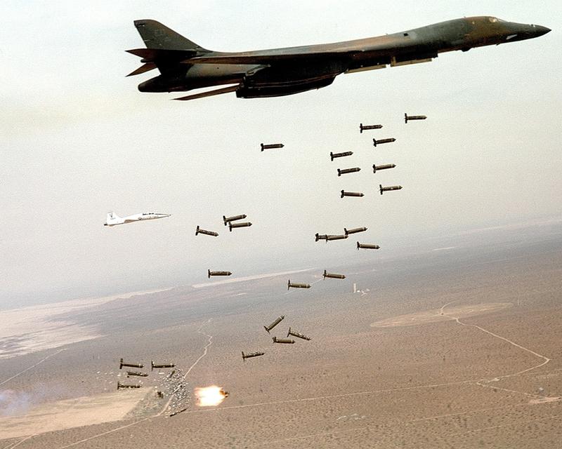 太���#�.b:)��a�_战机赏析:b-1超音速战略轰炸机(图)